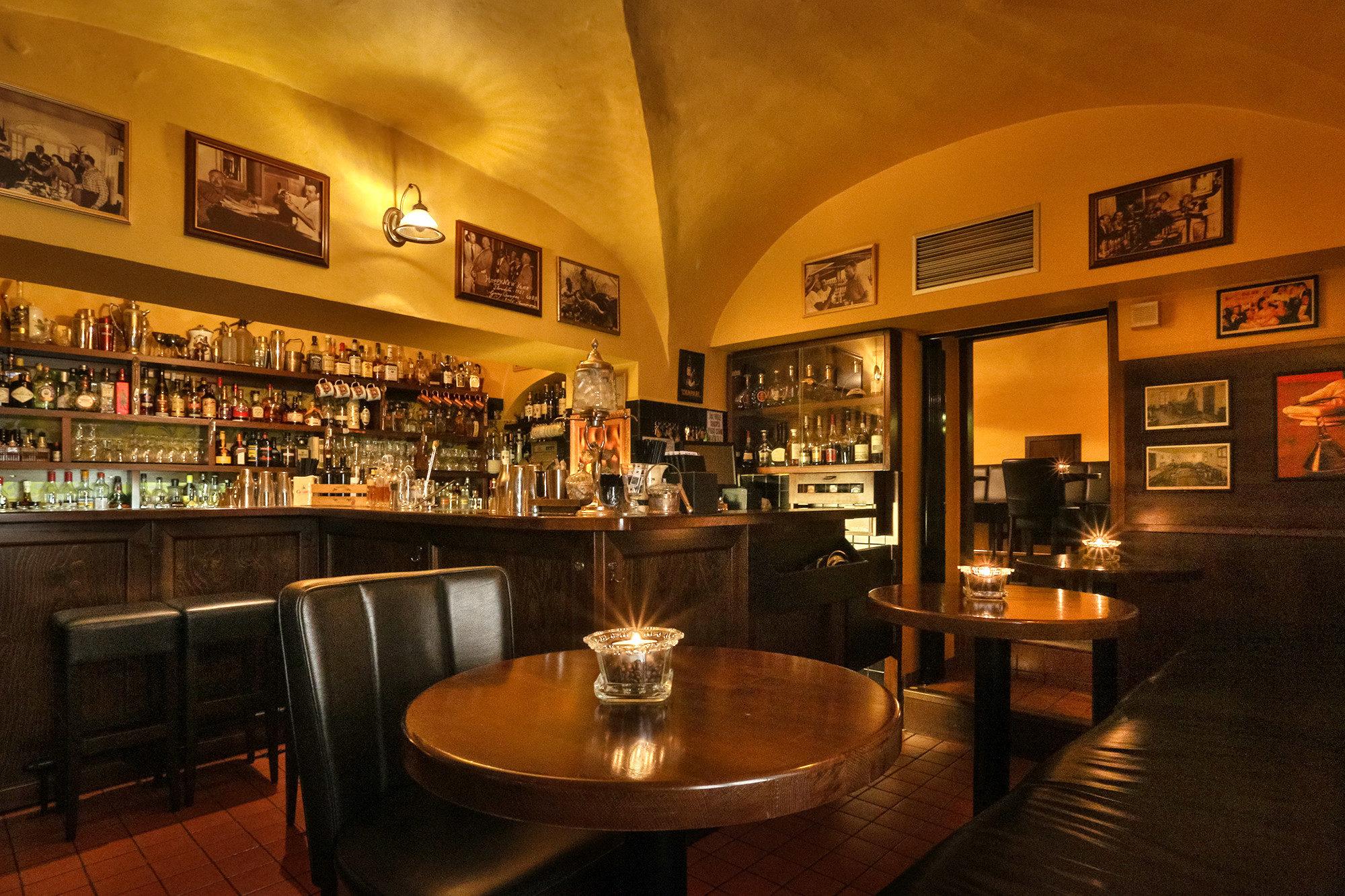 bar frequente par les cougar dans le belgique